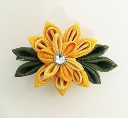 Japanese Kanzashi Flower Hair Clip Alligator Clip in Yellow